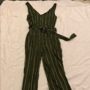 Flirty green pant romper